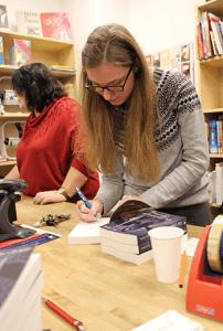 Alina Schüttler Lesung Buchhandlung Jakobi 1